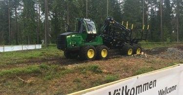 Elmia Wood 2017 - John Deere Transporting Logs