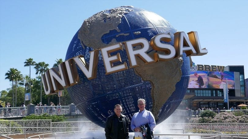 Marty and Jerker in front of Universal's logo