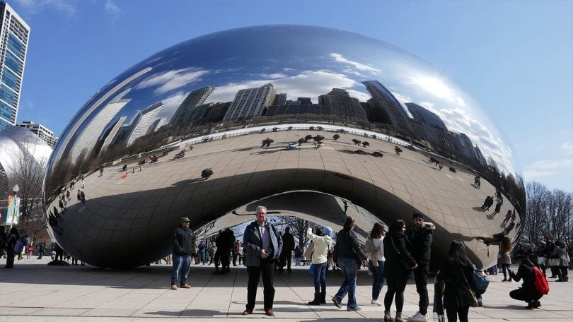 Jerker in front of the Bean