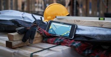 handheld algiz rt8 in construction environment